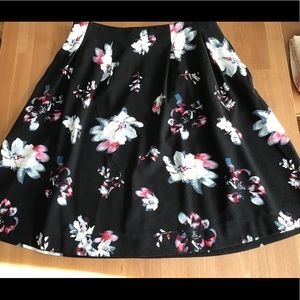 Black/Floral Knee-length A-line Skirt Lands' End